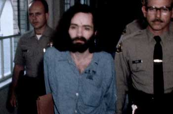 por dentro da mente do criminoso netflix documentario 02 charles manson