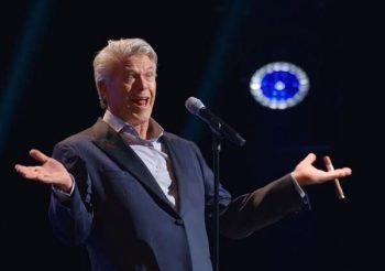 ron white if you quit listening I ll shut up netflix stand-up show comedia 02