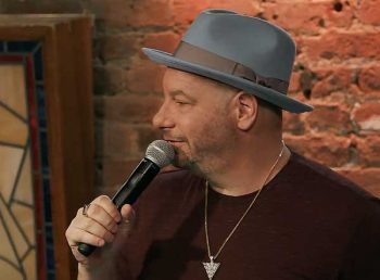 bumping mics with jeff ross & dave attell netflix stand-up comedy 01