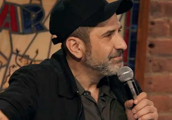 bumping mics with jeff ross & dave attell netflix stand-up comedy 02
