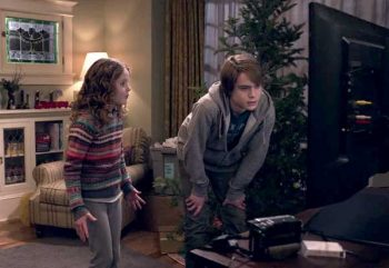 Christmas Chronicles Review.The Christmas Chronicles Netflix Review