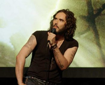 russell brand re-birth netflix stand-up show comedia 04