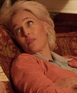 sex education elenco personagens jean milburn gillian anderson