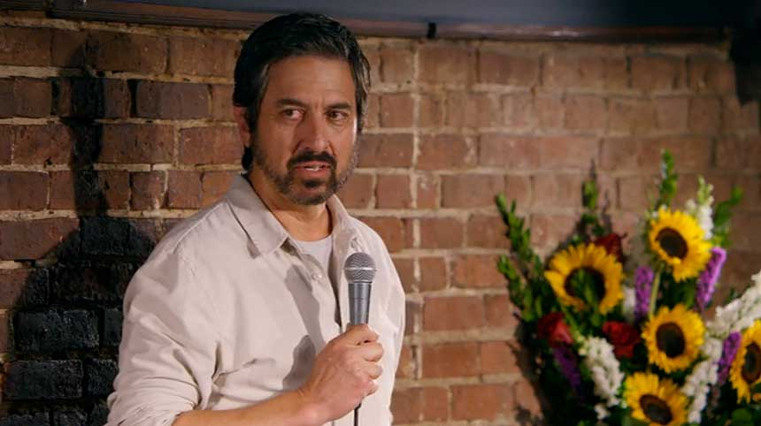 ray romano right here around the corner netflix stand-up comedia show 1