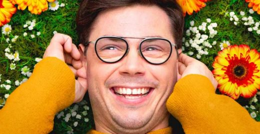 special netflix serie lgbt paralisia cerebral ryan o connell