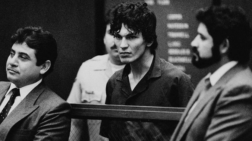 Night Stalker Tortura e Terror netflix serie serial killer Richard Ramirez episodios